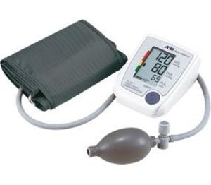 Фото AND UA-705L Полуавтоматический тонометр с индикатором аритмии, большой манжетой 32-45 см и чехлом